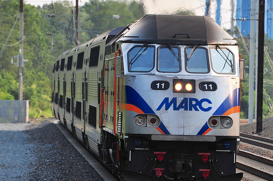 marc_train_to_washington_dc_from_bwi
